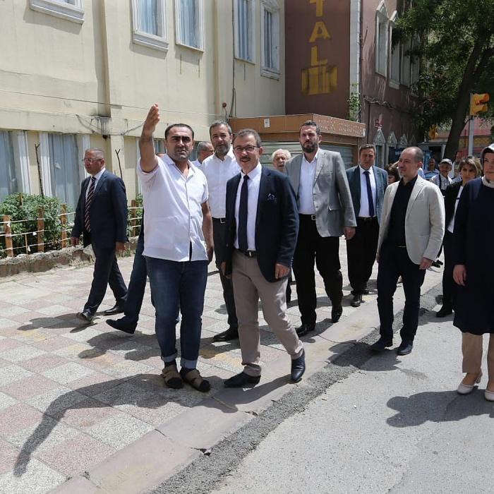 Başkan Köken, Alibeyköy ve Esentepe'de incelemelerde bulundu