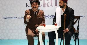 Bekçi Bekir ile Hülasa Muhabbet, hem güldürüyor hem düşündürüyor