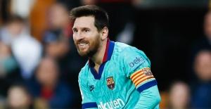 Manchester City#039;den Lionel Messi#039;ye...